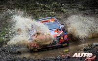Dani Sordo, al volante del Hyundai i20 Coupé WRC, durante el Rally de Grecia 2021, puntuable para el Campeonato del Mundo de Rallies WRC.