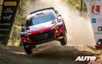 Thierry Neuville, al volante del Hyundai i20 Coupé WRC, durante el Rally de Grecia 2021, puntuable para el Campeonato del Mundo de Rallies WRC.